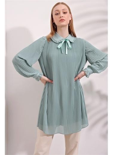 Butikburuç Kadın Pudra Bebe Yaka Astarlı Piliseli Tunik Yeşil